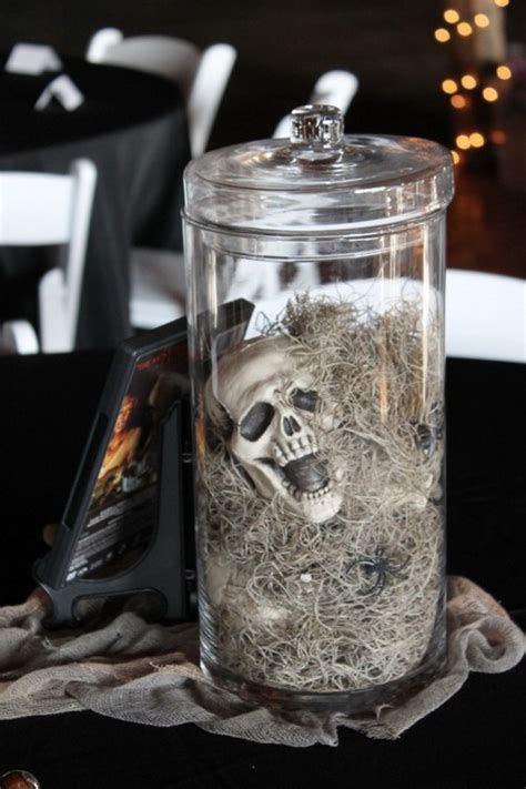 Creative Halloween Wedding Centerpiece Ideas For Autumn