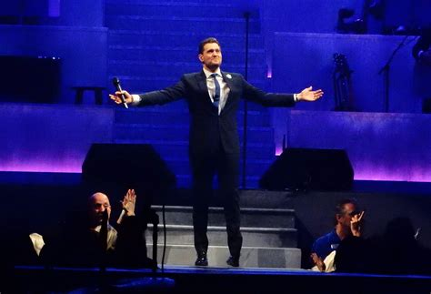 review michael buble opens   charisma good humor  tampas amalie arena