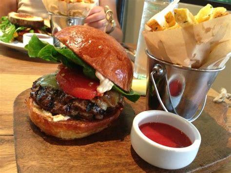 Juliette Kitchen And Bar Open Table Popular Restaurants In Newport Tripadvisor