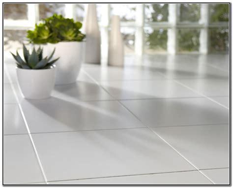 best cleaning liquid for bathroom tiles best cleaning solution for tile floors tile design ideas