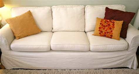 Here S How To Make Your Sagging Couch Cushions Look Plump Sagging Sofa Cushions