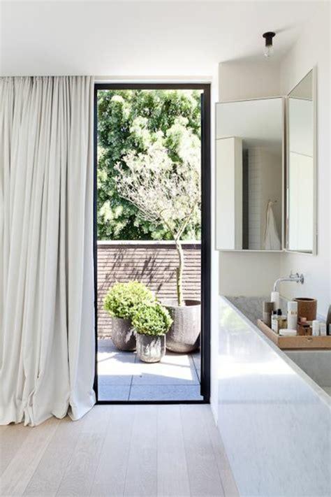 gardinenvorschl ge f r kleine fenster fenster gardinen modern k che k chenfenster mit duo rollo