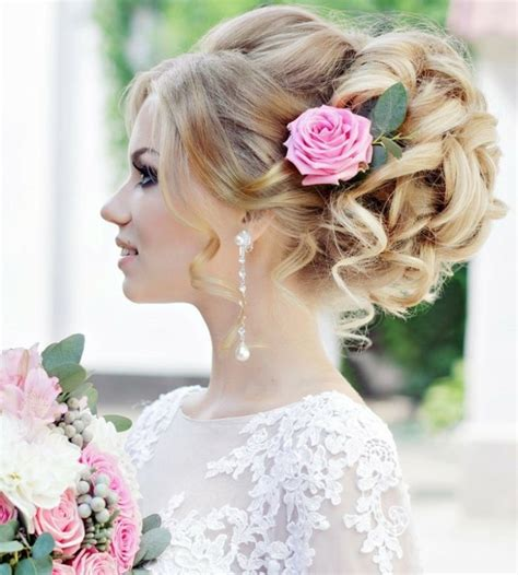 Hochzeitsfrisur Locken Blumen by 80 Sch 246 Ne Frisuren F 252 R Die Hochzeit Die Perfekte