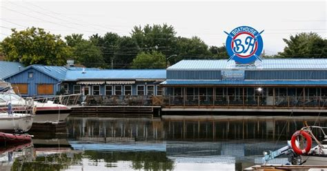 can you drink on a boat in ontario day tripping ontario boathouse seafood restaurant