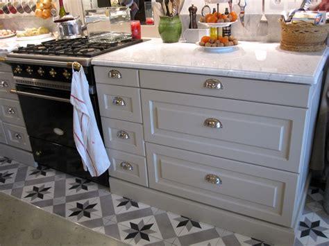 poign馥 de meuble cuisine unique poign 233 es de meuble de cuisine beautiful design de