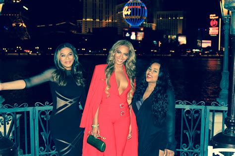 read tina knowles lawsons letter to beyonce solange and tina knowles mother s day note to beyonce and solange