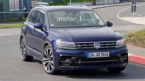 r audi mystery vw tiguan r test mule might actually be new audi q3 rs