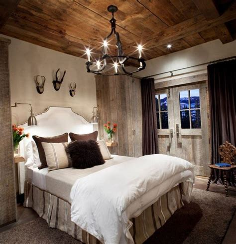 lodge bedroom decor 25 best ideas about lodge bedroom on white