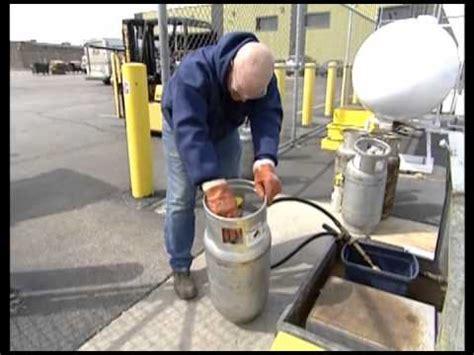 propane forklift safety 1 1 youtube