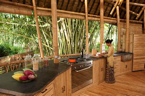 The Hut Restaurant And Tiki Bar Bamboo Houses Shape Ibuku S Green Village Community In