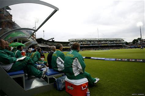 Google Bench Dugout Cricket