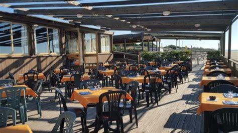 ristoranti ostia porto ristorante porto di enea foto di porto di enea lido di