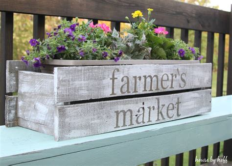 How To Make A Planter by Diy Pallet Wood Planter Box Summer Celebration 2015