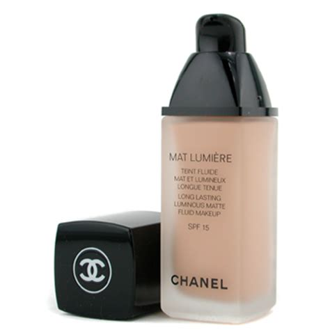 Chanel Mate makeup look of the week