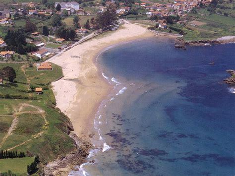 la isla de la 8433979248 playa de la isla colunga playas asturianas la nueva espa 241 a
