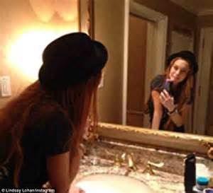 Lindsay Lohan Needs The Toilet by Lindsay Lohan Posts Smiling Self Portrait Just Hours After
