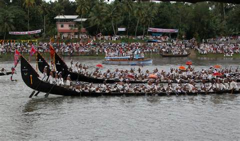 boat race images south india with aranmula boat race kollam south india