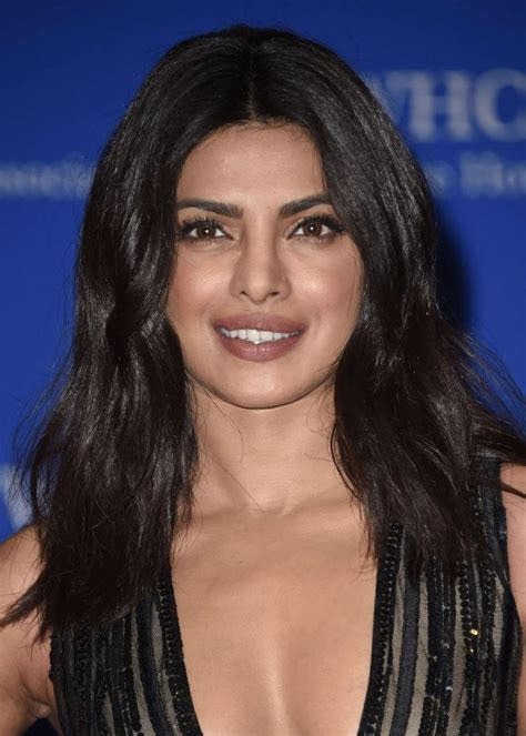 priyanka chopra white house correspondents dinner priyanka chopra white house correspondents dinner 04