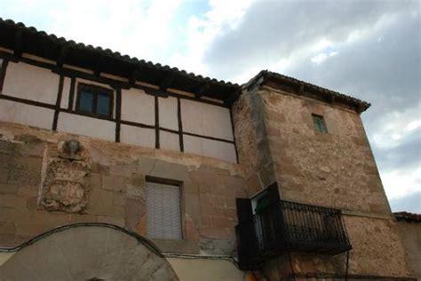 booking apartamentos juan bravo el imponente castillo de atienza picture of