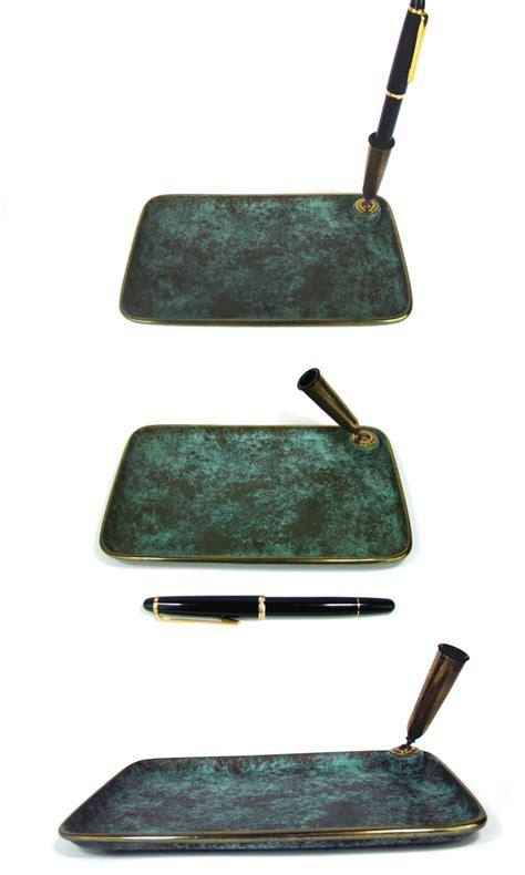 schreibtisch stifthalter schreibtisch ablage stifthalter messing patiniert desk pen