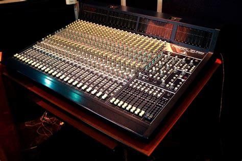 Mixer Eurodesk behringer eurodesk mx9000 image 657894 audiofanzine