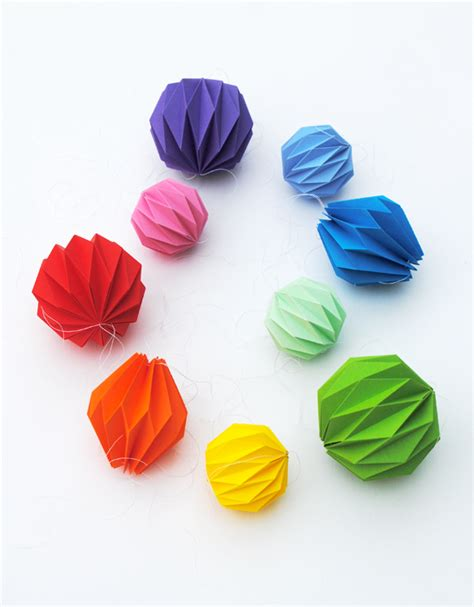 Fold Out Paper Decorations - folded origami decoration accordion folding minieco