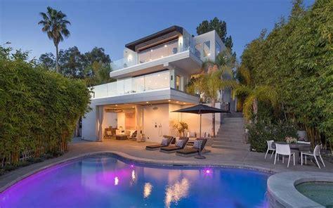 1271 St Ives Pl Los Angeles Ca 90069 United States Luxury Homes St Ives