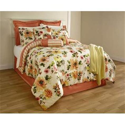 16 Comforter Set by The Great Find Katy 16 Bedding Set Floral Print
