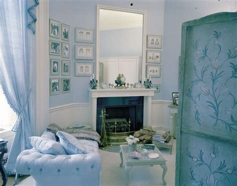 the kennedy room jacqueline kennedy s dressing room in the white house in a world