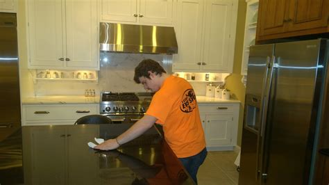 7 quick and easy kitchen cleaning ideas that really work super quick kitchen cleaning tips and tricks ideas by mr