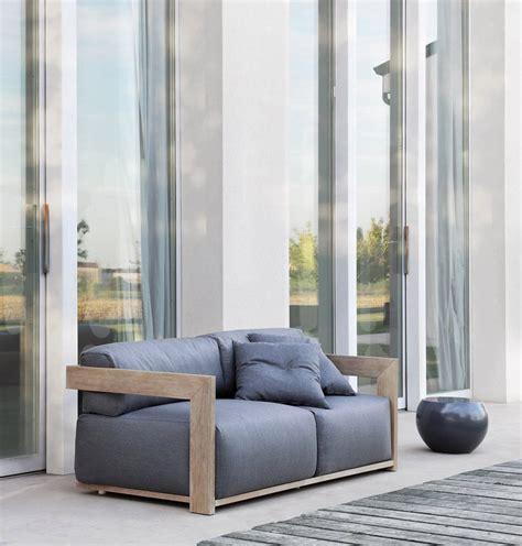 divani e divani o poltrone e sofà claud poltrone e divani meridiani