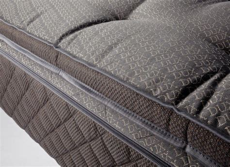 Best Mattress For Side Sleepers With Back by The Best Mattresses For Back And Side Sleepers Yahoo Homes