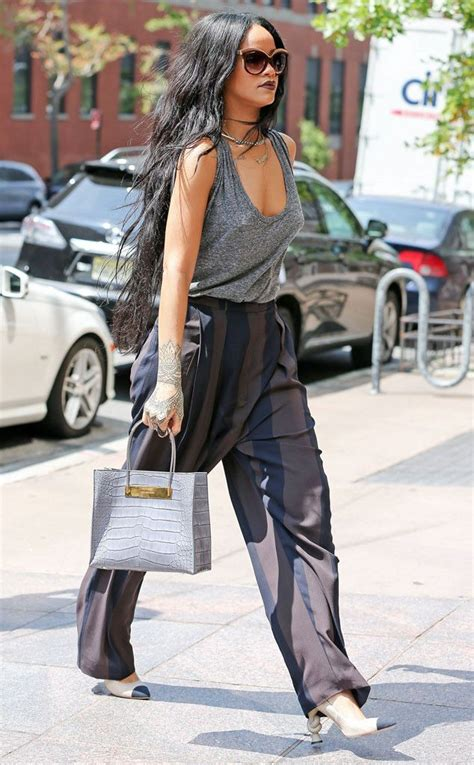 rihanna best celebrity bodies 25 best ideas about rihanna street style on pinterest
