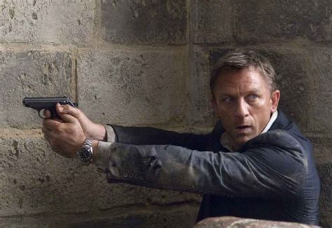 film review of quantum of solace quantum of solace 2008 movie review cinefiles movie