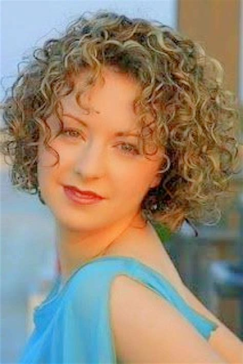 Best Hairstyles For Curly Hair 50 by Best Hairstyles For Curly Hair 50 Hairsstyles Co
