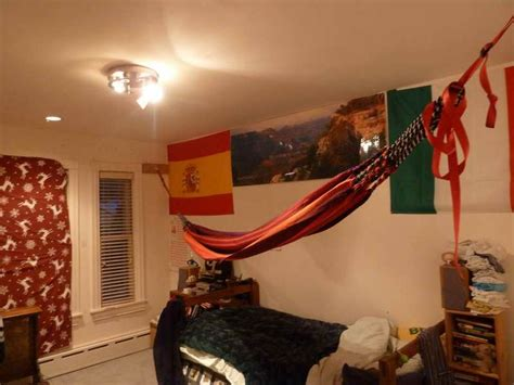 how to put a hammock in a room 1000 images about diy indoor hammock on