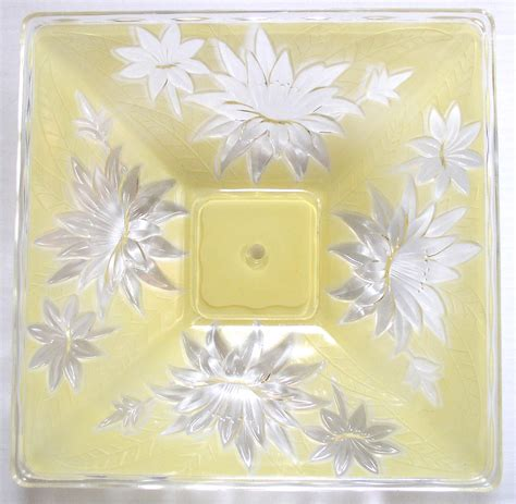 Yellow Glass Ceiling Light Vintage Deco Yellow Glass Ceiling Light Shade 14 Thingery Previews Postviews Thoughts