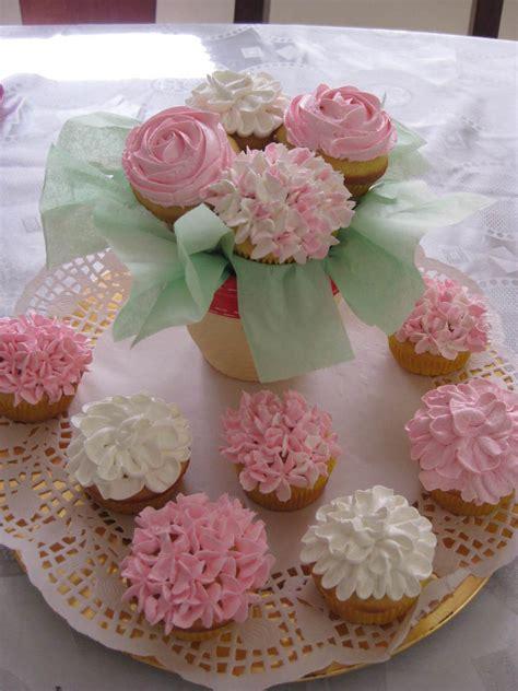 cupcake arrangements for bridal shower flower cupcake cakecentral