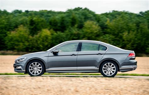 2018 Volkswagen Passat Priced From 163 22 605 In Uk Drivers