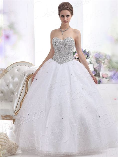 looking chic and elegant with strapless ball gown wedding