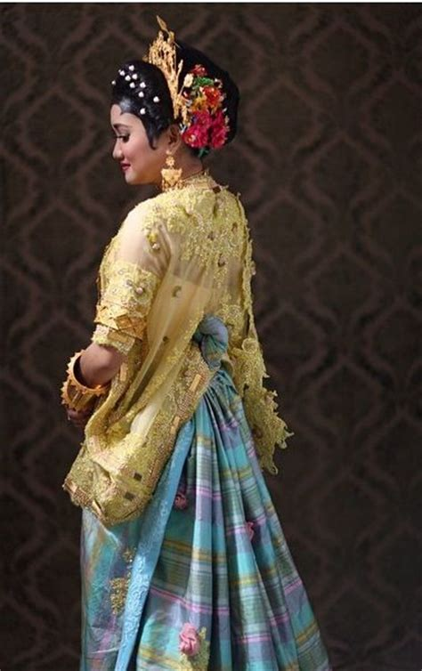 Stelan Kebaya Batwing Dusty 2 17 best images about model kebaya modern kebaya gaun