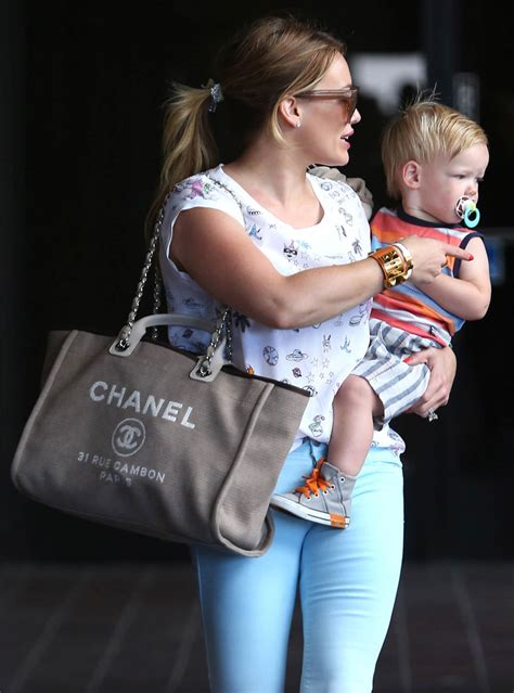 Hilary Duffs Marc Purse by The Many Bags Of Hilary Duff Chanel Logo