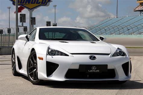AUTO WORLD: Lexus LFA