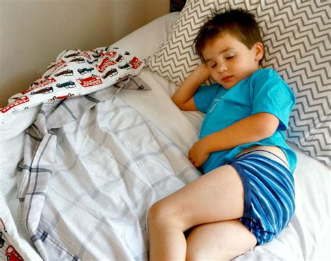 how to wet the bed bye bye bed wetting with these 4 tips mom favorites