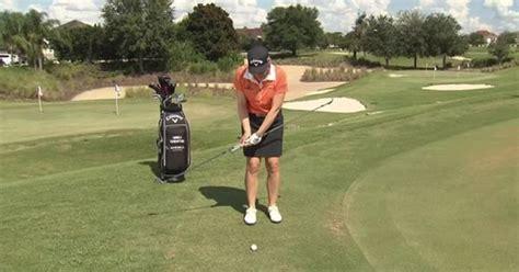 scooping golf swing annika sorenstam shows how to stop scooping through impact