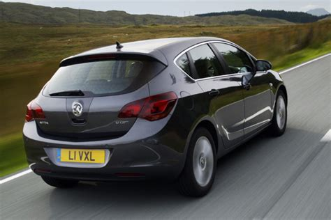 opel england opel astra review 2009