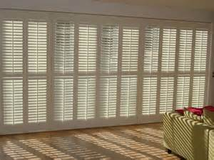 Colonial Blinds Plantation Shutters Inside Out Shutters Amp Blinds