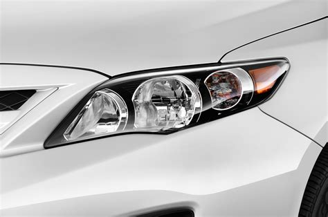 Toyota Headlight 2012 Toyota Corolla Reviews And Rating Motor Trend