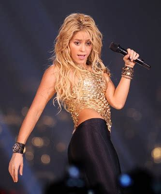 shakira biography facts most 10 bollywood hot actress new hd wallpapers 2013