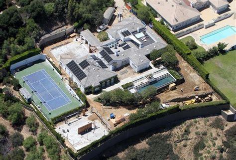 Gwen Stefani Gavin Rossdale S Beverly Hills Home 1 Of 4 Zimbio